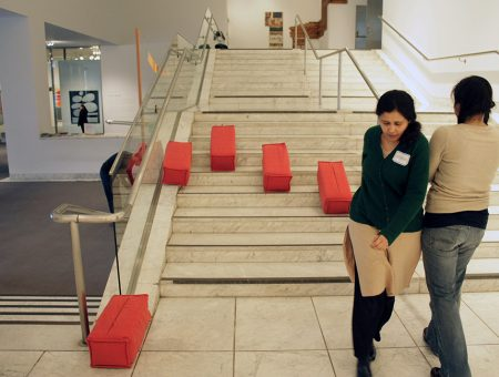 Performing Navigations: (Re)Mapping the Museum